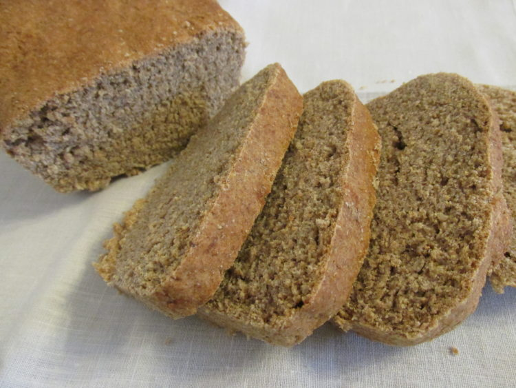 Chleb półrazowy pszenno-żytni (raczkujac.pl)
