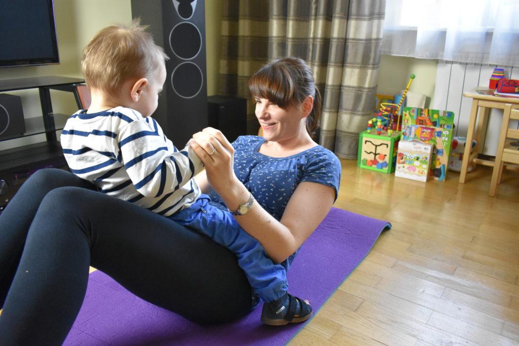 Ćwiczenia z dzieckiem 6 (raczkujac.pl)