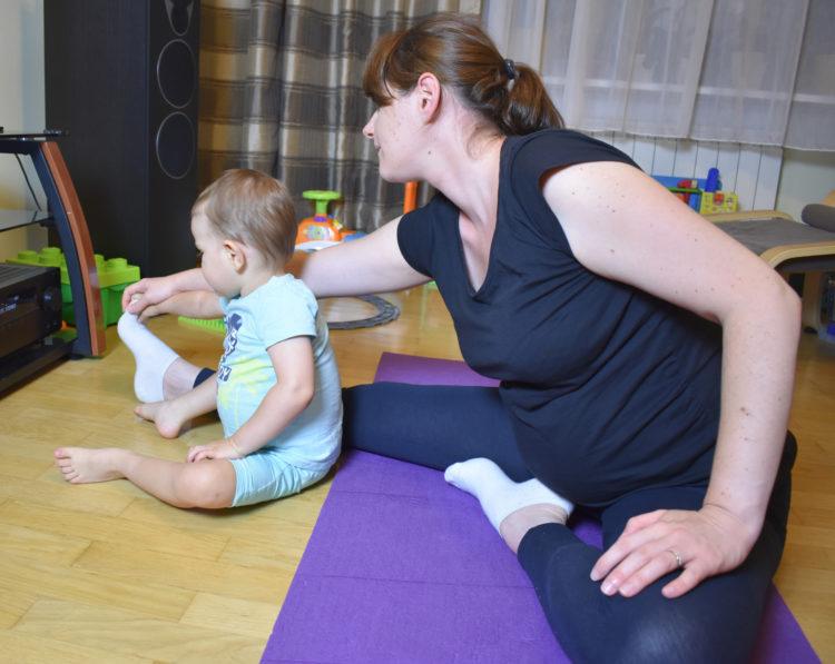 Ćwiczenia w ciąży (raczkujac.pl)