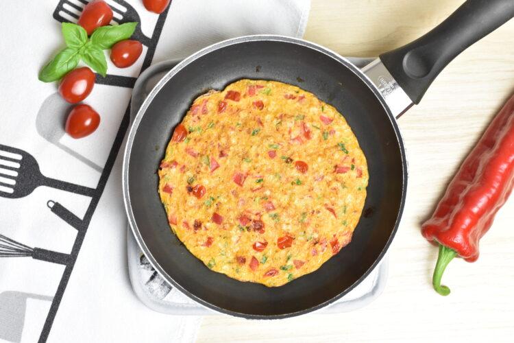 Omlet z płatkami ryżowymi (raczkujac.pl)